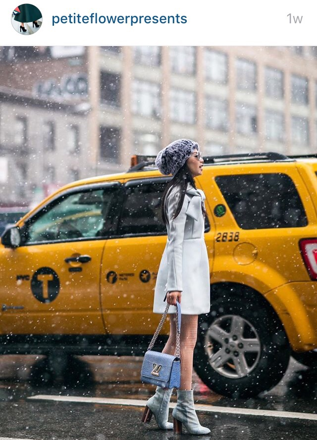 new york taxi fasion blogger