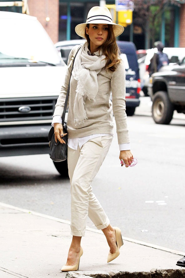 jessica alba-fashion- street style- fedora- all white