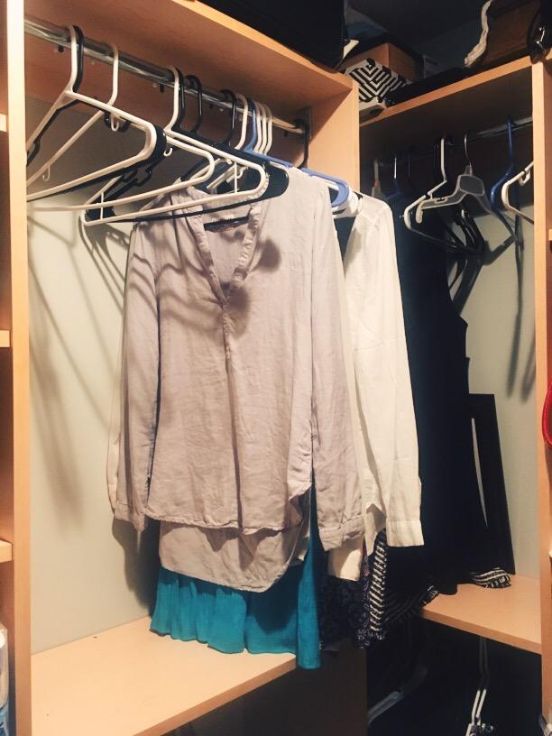 closet- moving- real estate- walkin closet
